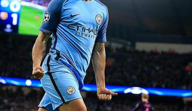 Manchester City, Jesusla sözleşme imzaladı