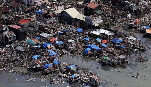 Filipinlerde Hagupit tayfunu 21 can aldı
