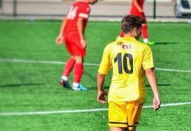 Eskişehirspor'un genç futbolcusu trafik kazasında hayatını kaybetti