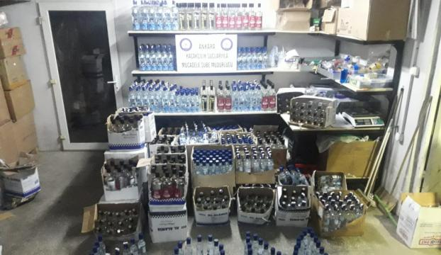 Ankarada bin 131 şişe sahte içki ele geçirildi