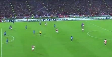 Kalecinin kariyerini bitiren gol!
