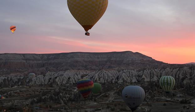 Kapadokyada sıcak hava balon turlarına kar engeli