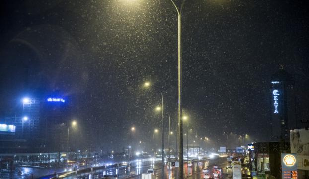 İstanbulda kar yağışı başladı