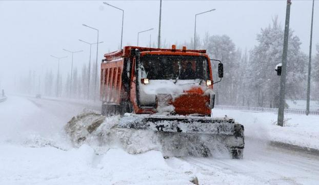 Sivasta kar nedeniyle 385 köy yolunda ulaşım sağlanamıyor