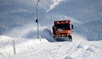 2 bin 241 rakımda karla mücadele