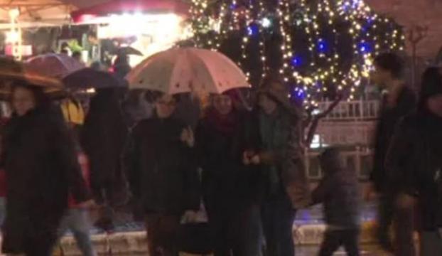 Kar yağışı Taksimde de etkili oldu