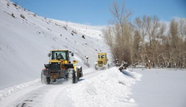 Kar yağışı ulaşımı vurdu