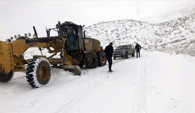Bingölde 178 köy yolu ulaşıma kapandı