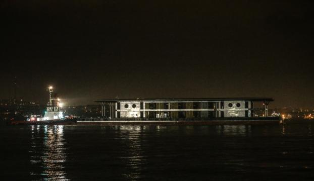 Karaköyün yeni iskelesi Haliçe çekildi