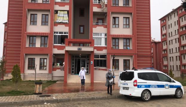 Karamanda bir kişi, annesiyle birlikte yaşadığı evde ölü bulundu