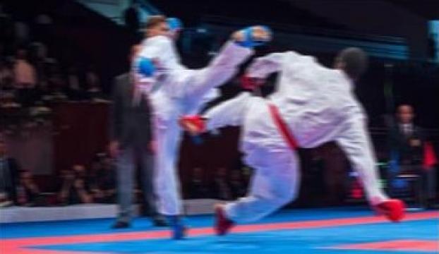 Milli karateci Enes Buluttan tarihi başarı