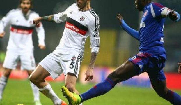 Kardemir Karabükspor: 0 - Beşiktaş: 0 (İlk yarı)