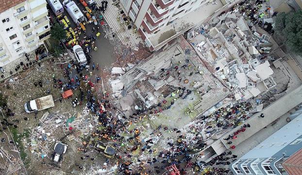 Kartalda çöken binada 3 kişi öldü, 12 kişi yaralı kurtarıldı
