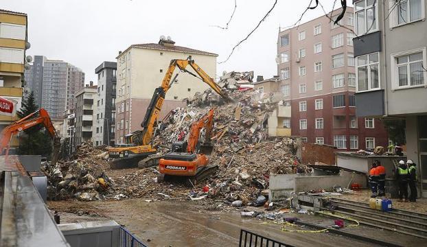 Kartaldaki çöken binaya ilişkin 4 kişi gözaltına alındı
