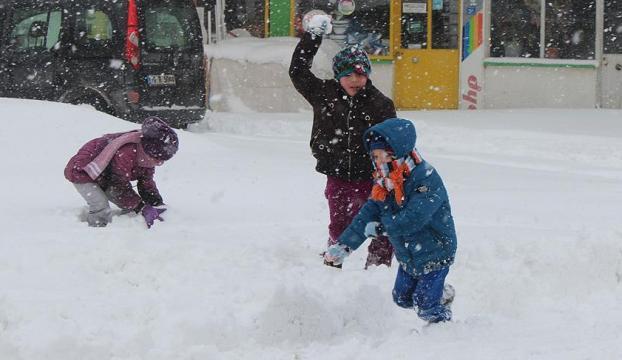 İstanbul ve 10 ilde okullara kar tatili