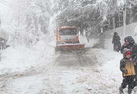 Ankara ve 12 ilde okullara kar tatili