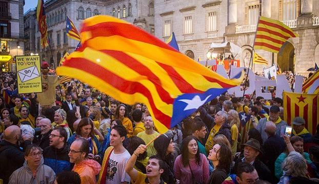 Katalonya referandumda inat ediyor