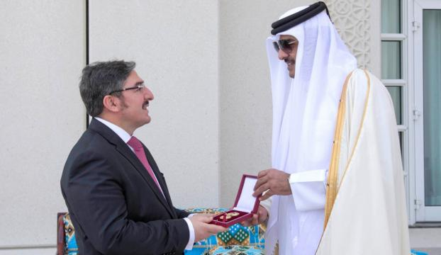 Katardan Türkiyenin Doha Büyükelçisi Demiroka devlet nişanı