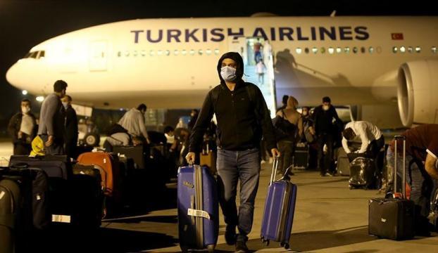 Katardan getirilen 291 Türk vatandaşı Manisada karantinaya alındı