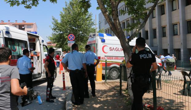 Adliye önünde silahlı kavga: 1 ölü, 2 yaralı