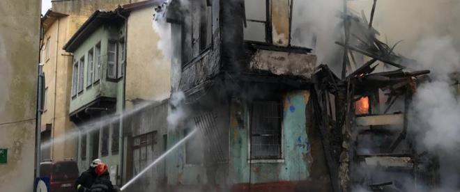 Bursa Kayhan Çarşısında yangın