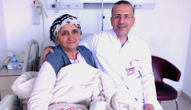 Bir ameliyatla 38 kilogram hafifledi