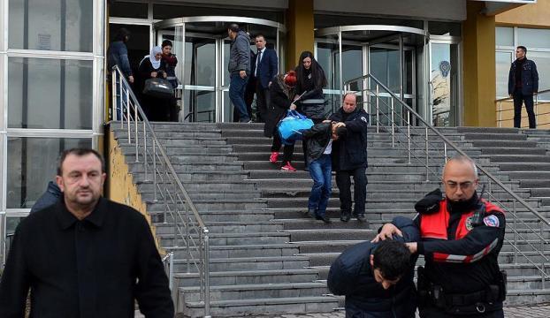 Kayserideki terör saldırısıyla ilgili 5 asker tutuklandı