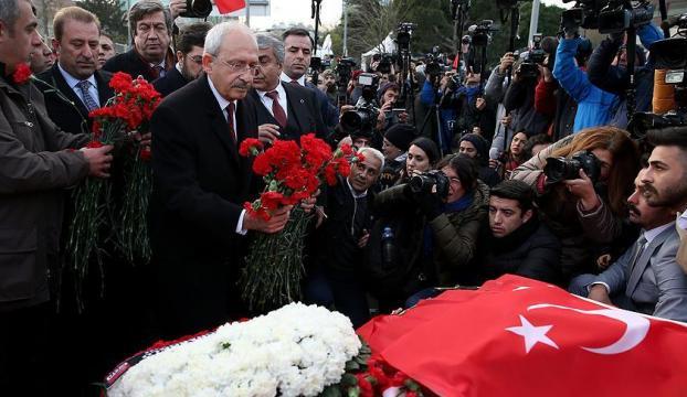 Kılıçdaroğlu Şehitler Tepesini ziyaret etti