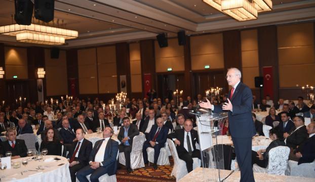 Kılıçdaroğlu, bazı akademisyenlerle bir araya geldi