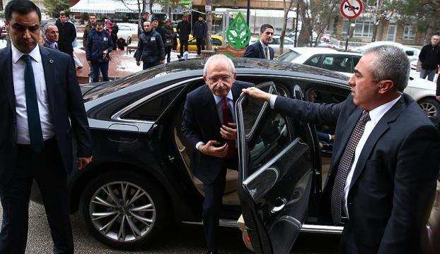 Kılıçdaroğlu, Kahramanı hastanede ziyaret etti