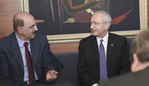 Kılıçdaroğlu, gazeteci Hüsnü Mahalli ile görüştü
