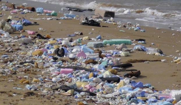 Kilyos sahilindeki atıklar İBB tarafından toplandı