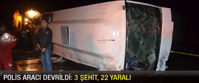 Kırşehir'de polis aracı devrildi: 3 şehit, 22 yaralı