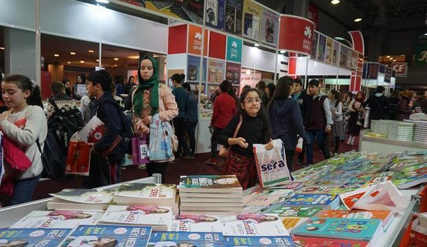 """""""4. Uluslararası CNR Kitap Fuarı"""" başlıyor"""