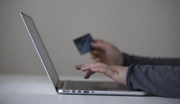 İnternetten kartlı alışverişte onay süresi 31 Aralıka kadar uzatıldı