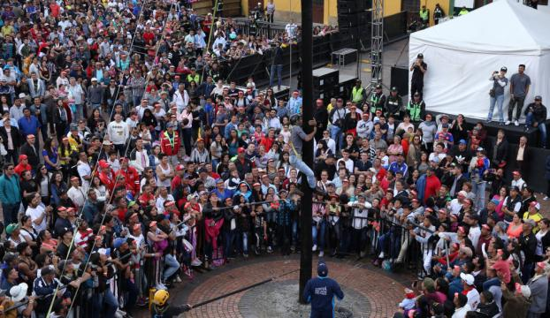 Kolombiyada Müneccim Krallar Günü kutlaması