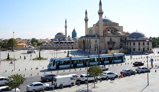 Konyada ilçe belediye başkanına silahlı saldırı