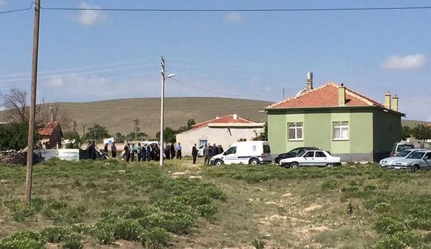 Konyada cinnet getiren zanlı 4 eve girip 5 kişiyi öldürdü!