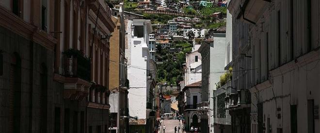 Ekvadorda, ev ve hastanelerden 1424 ceset toplandı