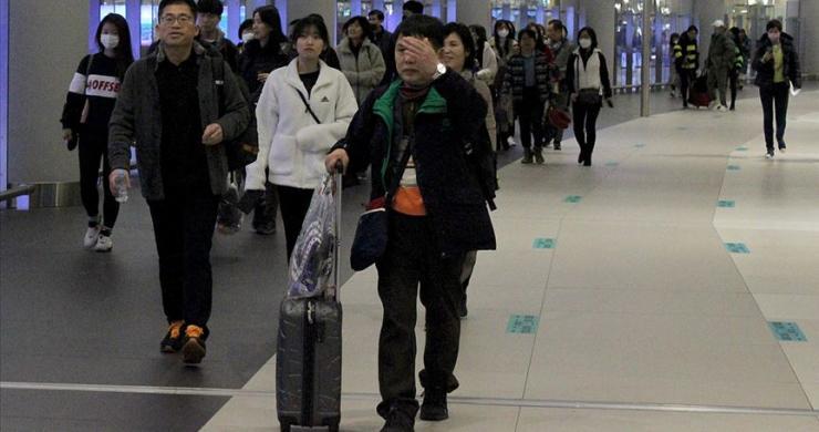 Filipinler, koronavirüs salgını nedeniyle Çinlilere sınırda vize hizmetini durduracak