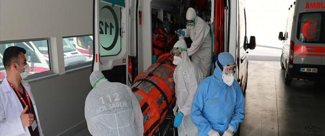 Türkiyenin koronavirüsle mücadelesinde son 24 saatte yaşananlar