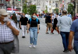 """Kovid-19'la mücadelede """"elektronik bileklik"""" dönemi"""