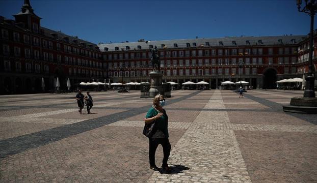 Almanya, İspanyada 2 bölgeyi daha Kovid-19 konusunda riskli ilan etti