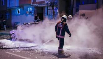 Gaziosmanpaşa'da araç kundaklandı