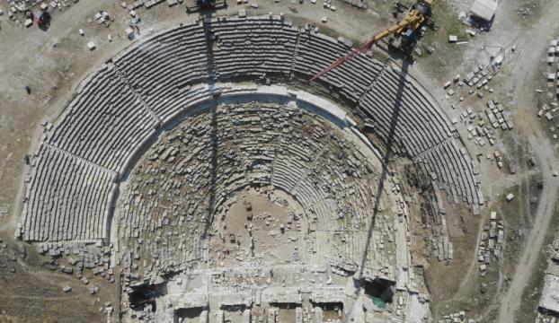 Denizlideki antik tiyatro, restorasyonla yeniden hayat buluyor