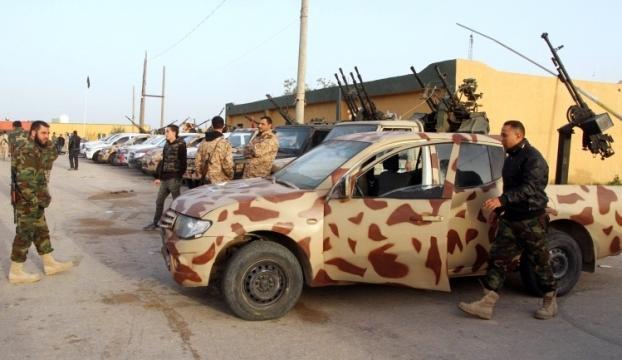 Libyada iki kabile arasındaki silahlı çatışmalarda 21 kişi öldü