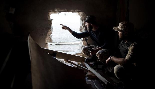 Libyanın başkenti Trablusu roket saldırılarından kurtaracak son hamle