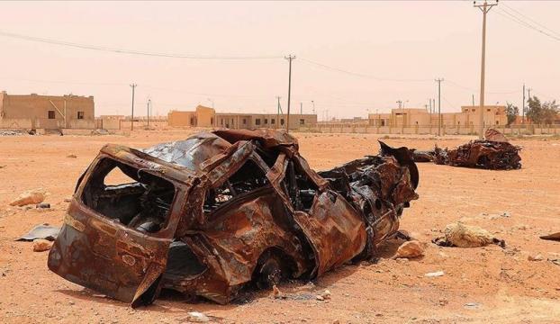 Libyada Sirte düğümü için siyasi çözüm aranırken Hafterin askeri yığınakları devam ediyor