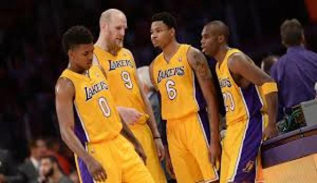 Lakers tepe taklak