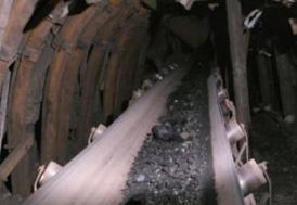Hindistan'da maden ocağı çöktü